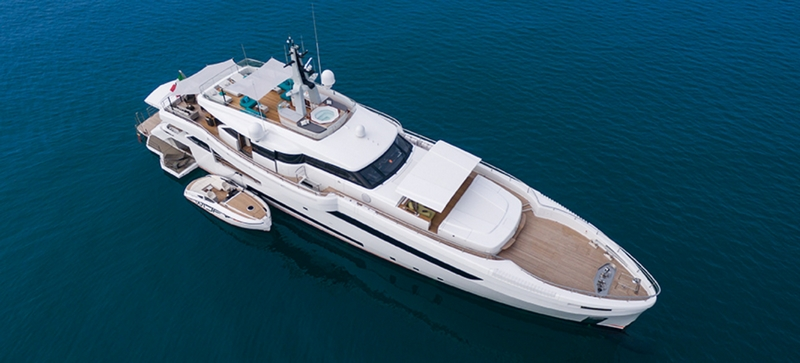 wider-genesi-motor-yacht