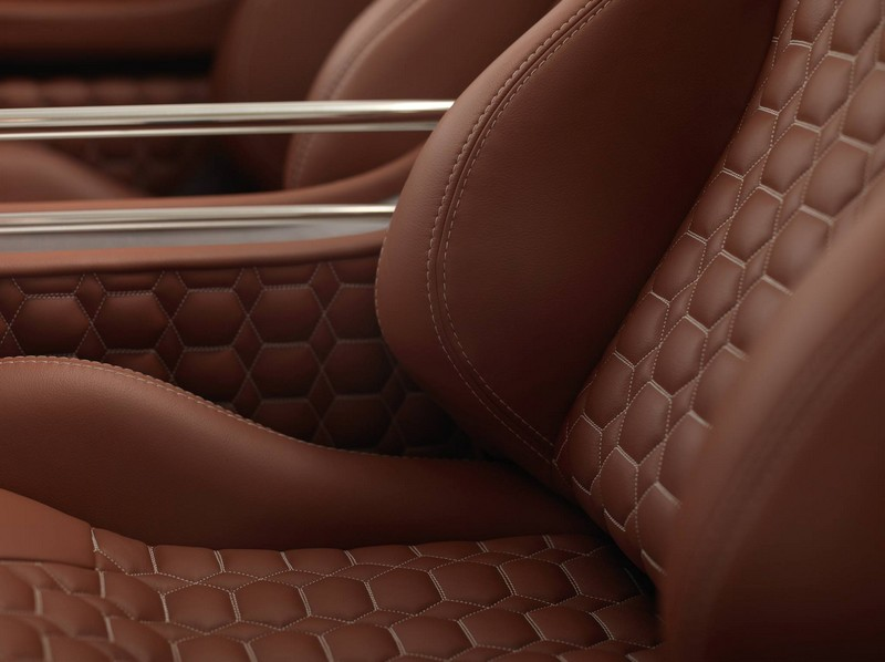 World Debut for The Spyker C8 Preliator-interior shots