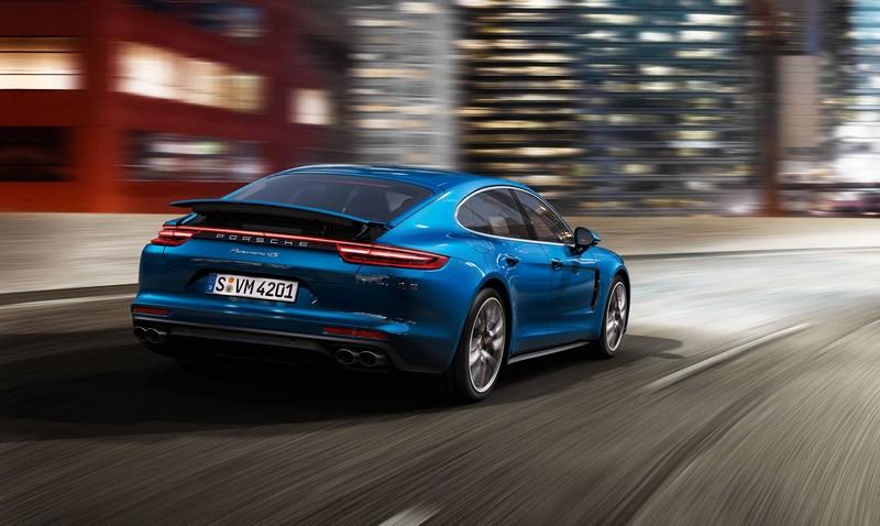 World premiere of the new 2017 Porsche Panamera-2luxury2-