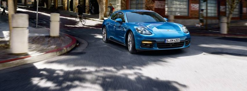 World premiere of the new 2017 Porsche Panamera-2luxury2