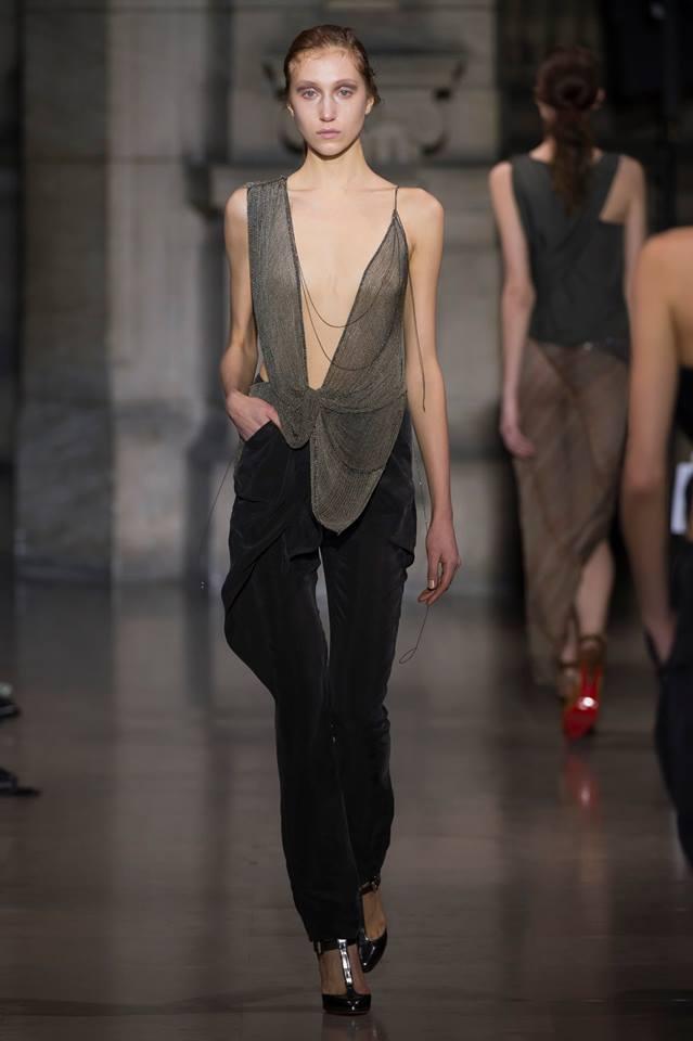 Yiqing Yin Paris Fashion week 2016-