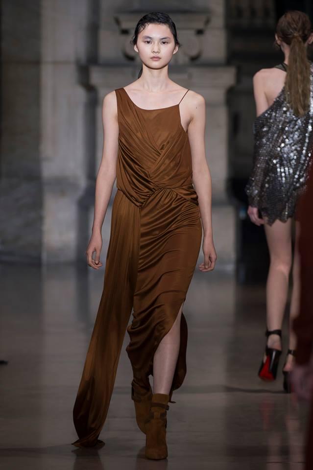 Yiqing Yin Paris Fashion week 2016--