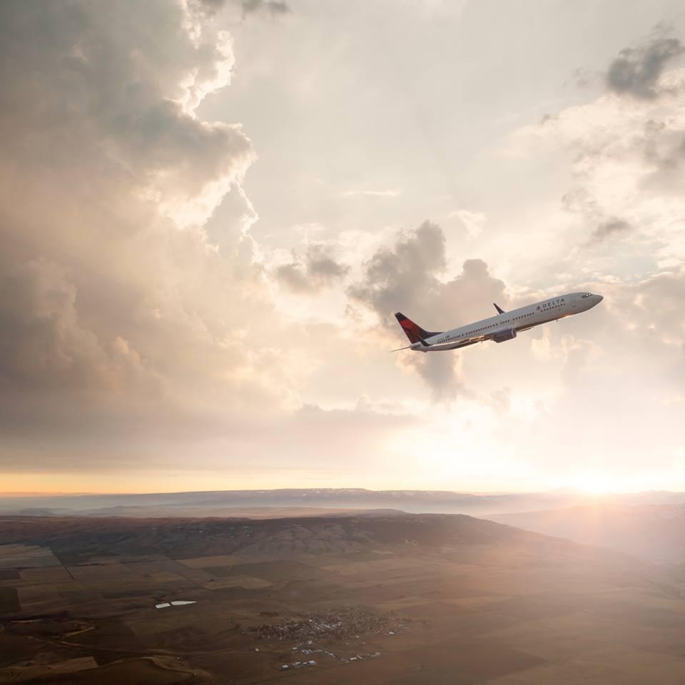 Zac Posen Delta Air line