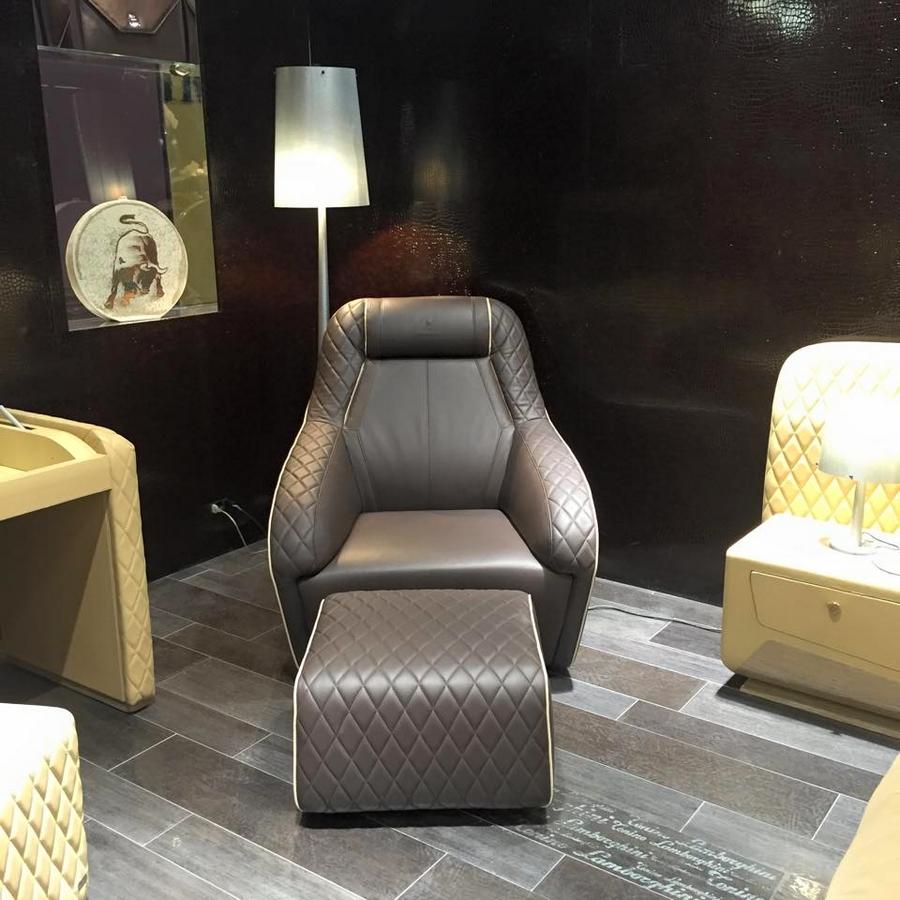 at iSaloni with Formitalia luxury furnishings and Gambarelli tiles in Milan