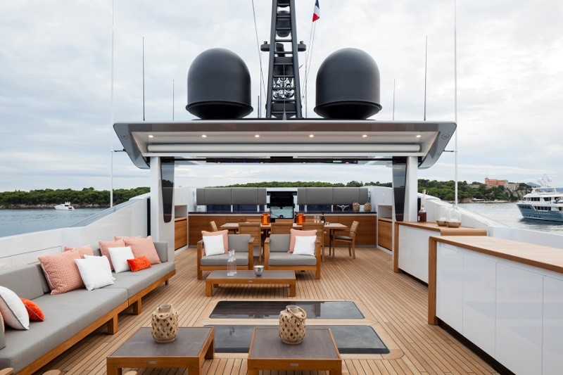baglietto yachts dubai boat show2016-