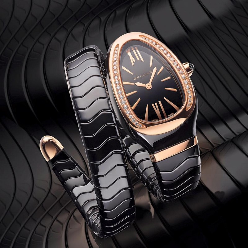 baselworld 2016 - bvlgari Serpenti Spiga watch -  the fresh and youthful charm of the Bulgari's snake in black high-tech ceramic and pink