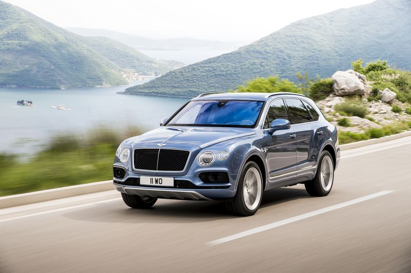 bentayga-diesel-on-the-road