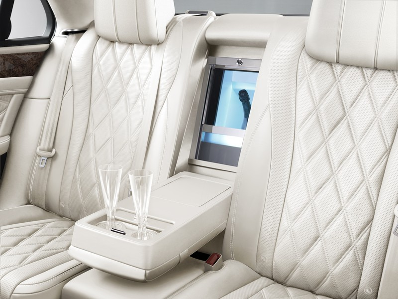 bentley-champagne-cooler-linen-bespoke-mulliner-features