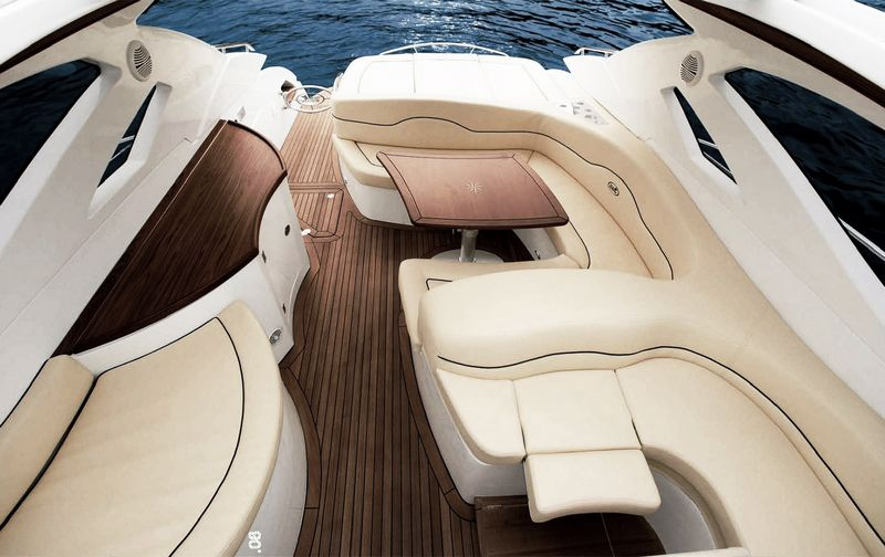 blu martin -sea-top 1390 interior 1