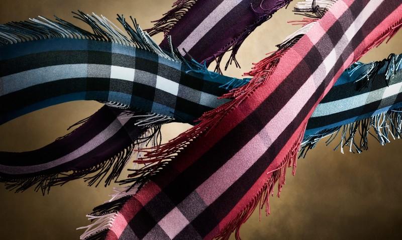 burberry fringescarf2015