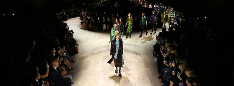 burberry womenswear - Uncover the Burberry February 2016 show-