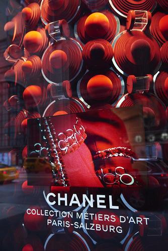 chanel-new-york-store-windows-paris-salzburg