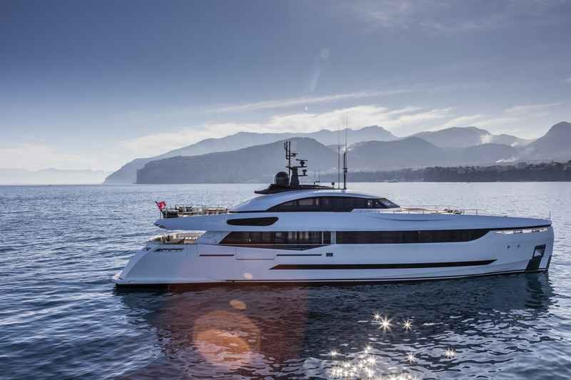 columbus-40-hybrid-My Divine. The Colombus' green approach to yacht building