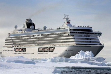 Large cruise ship voyage through Arctic ice rekindles rows