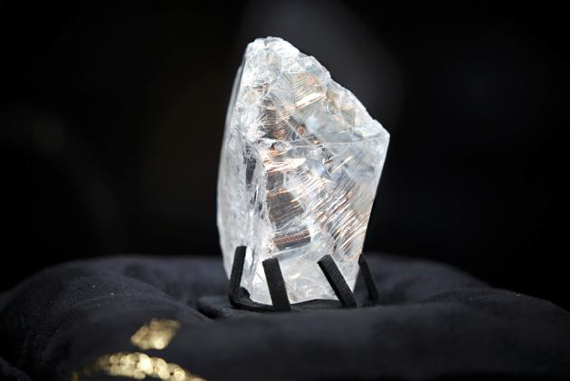 de-grisogono-acquires-the-constellation-the-worlds-most-expensive-rough-diamond