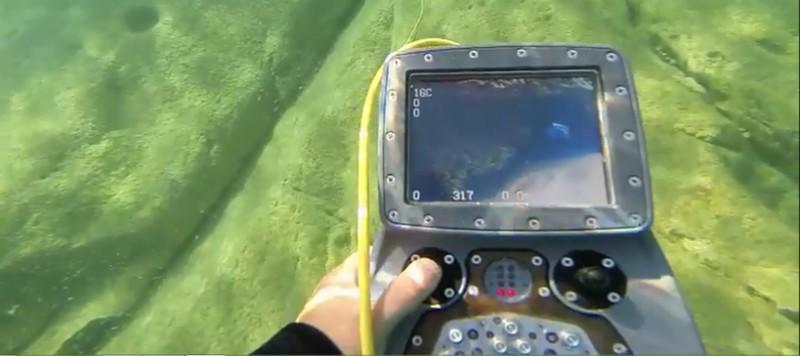 deep tracker underwater drone control