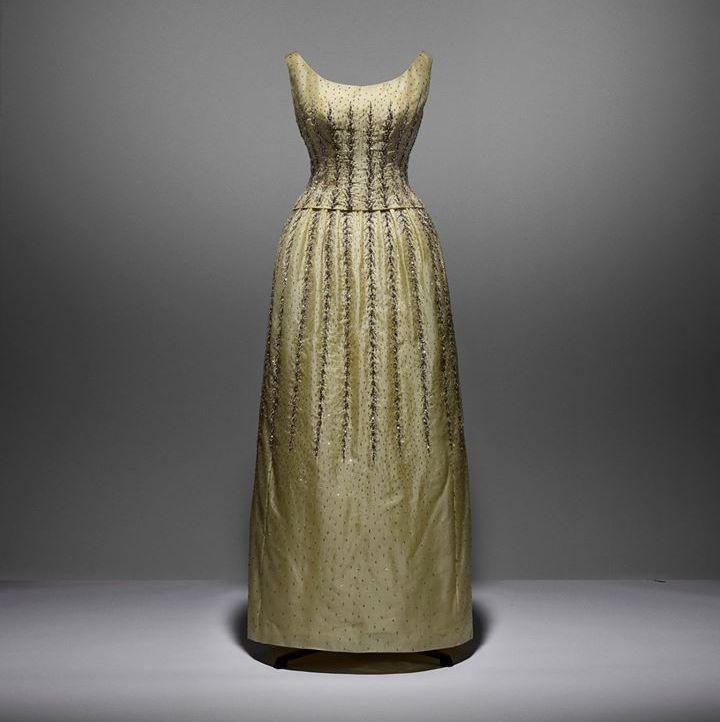 dior dresses christian dior museum- Marc Bohan pour Christian Dior pour la collection Printemps-Ete 1962