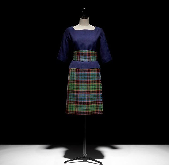 dior dresses christian dior museum-ensemble de jour écossais porté par la Duchesse de Windsor entre 1963 et 1964