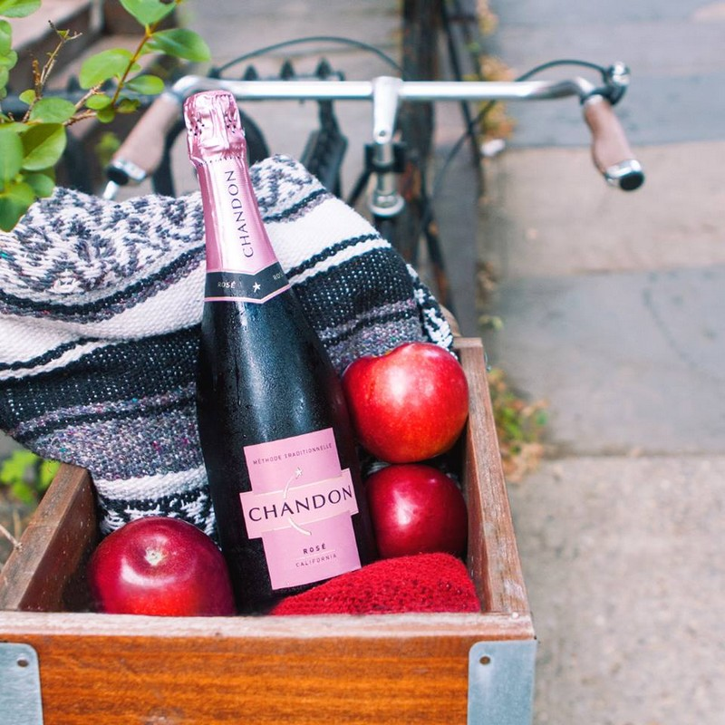 domaine chandon2015-wink of pink