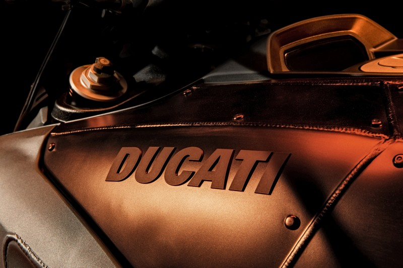 ducati-diavel-diesel-details