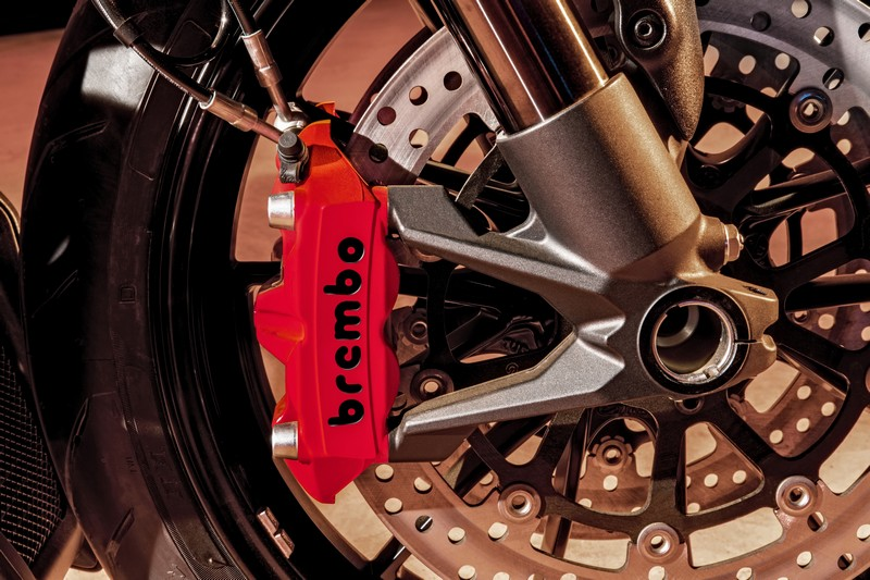 ducati-diavel-diesel-details2017-