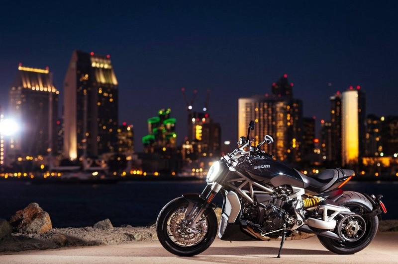 ducati xdiavel motorbike-