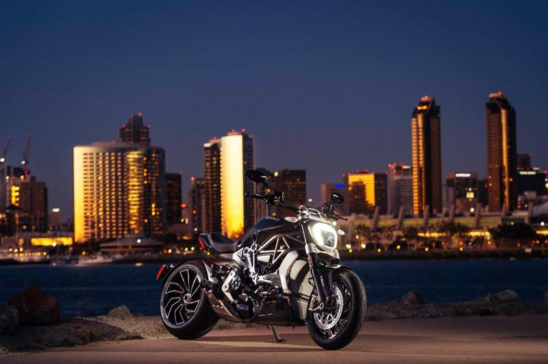 ducati xdiavel motorbike