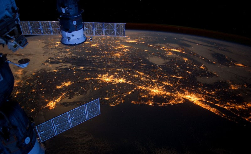 earth night lights from space