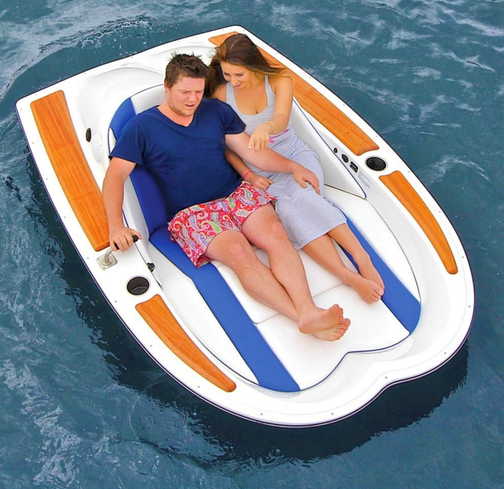 electric motorboat 2016