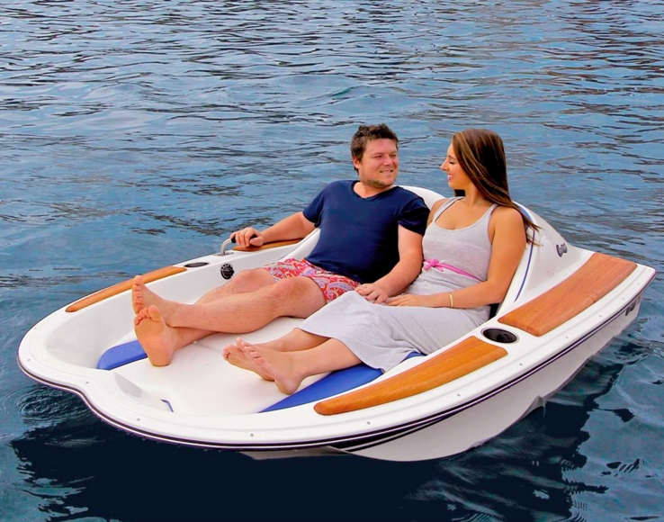 electric motorboat