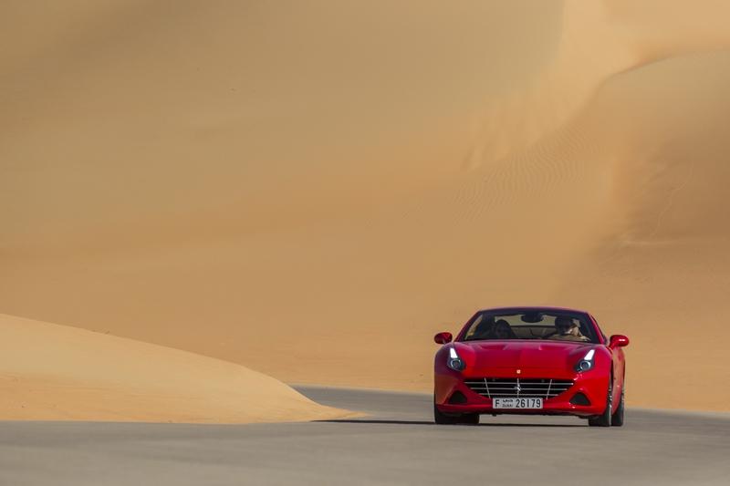 ferrari deserto rosso 2016 video-ferrari-california-t-