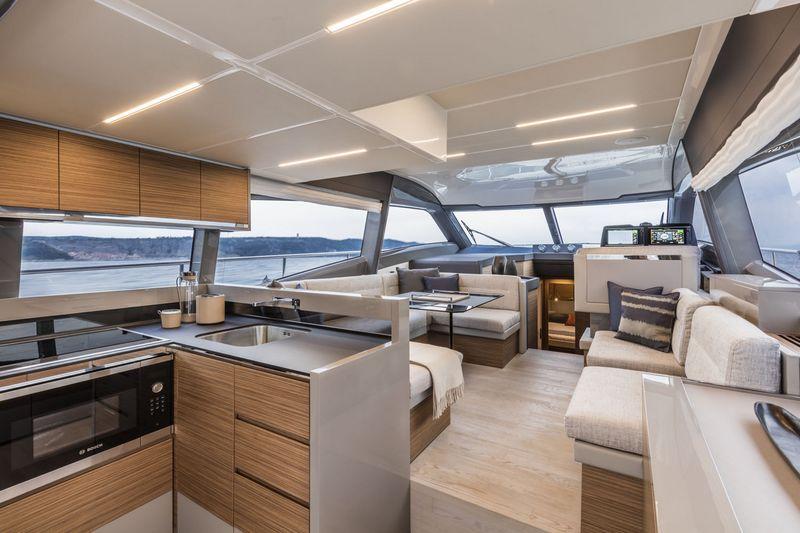 ferretti-yachts-450-
