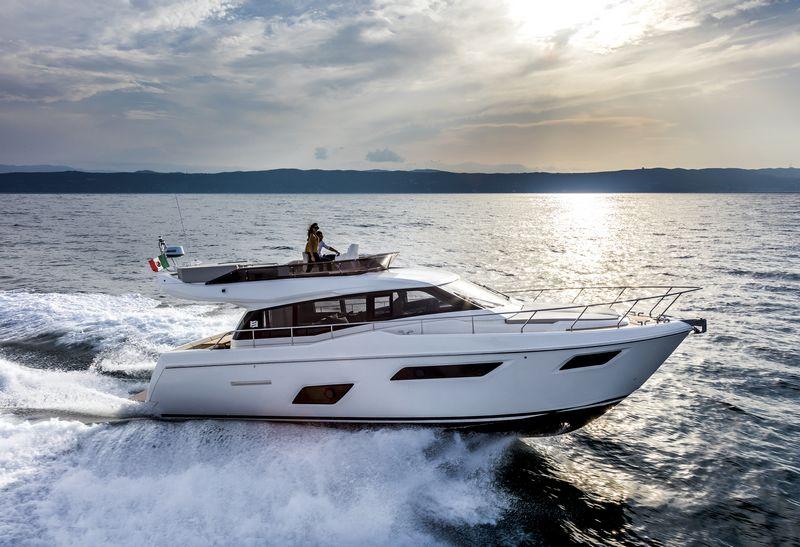 ferretti-yachts-450-001