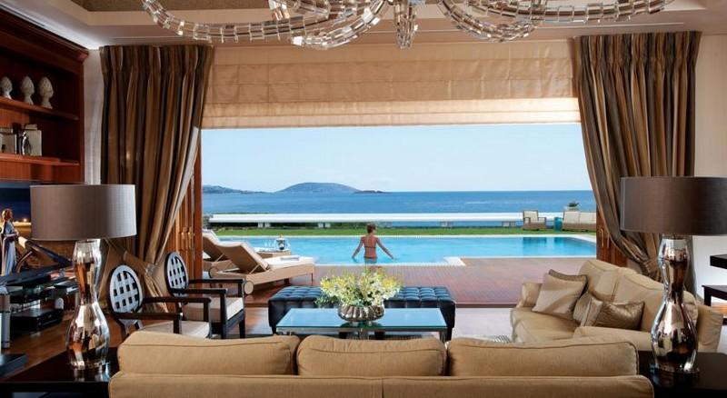 grand-resort-ladonissi