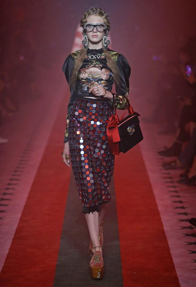 gucci-spring-summer-2017-fashion-show-looks-2luxury2