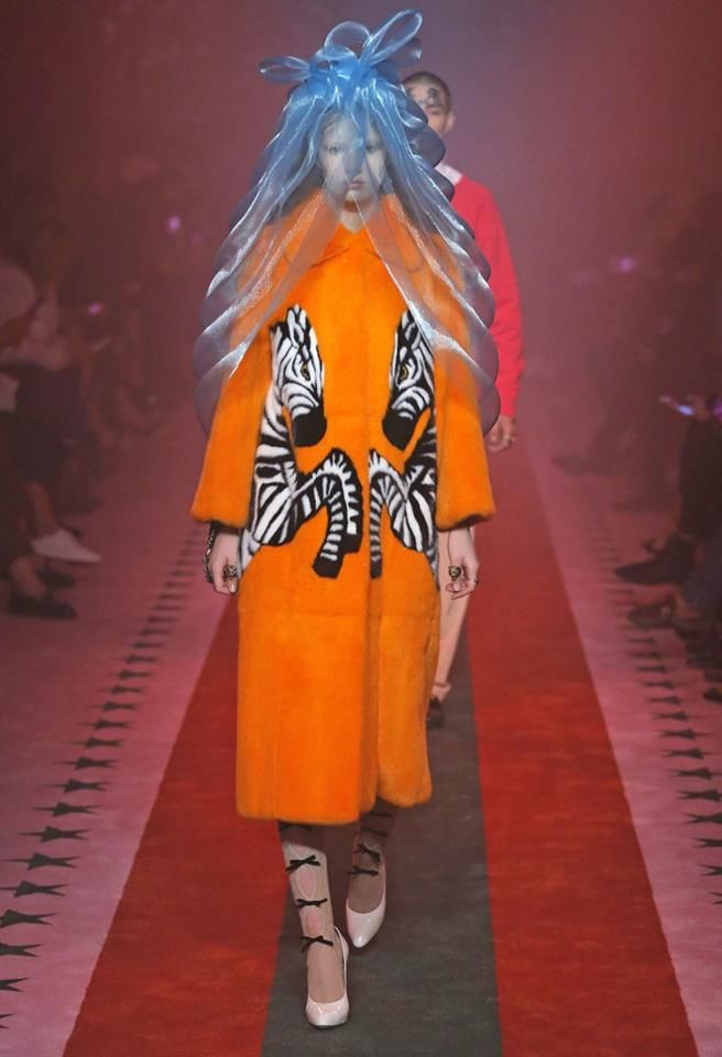 gucci-spring-summer-2017-fashion-show