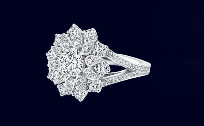 harry winston lotus cluster diamond ring