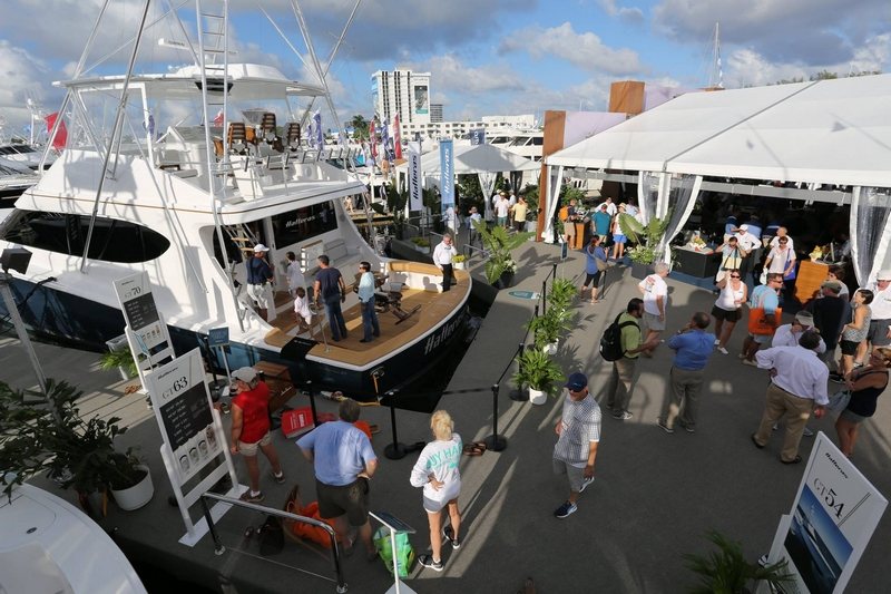 hatteras yachts--