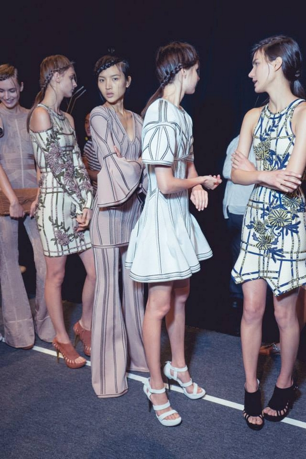 herve leger behind the scenes ss2016-