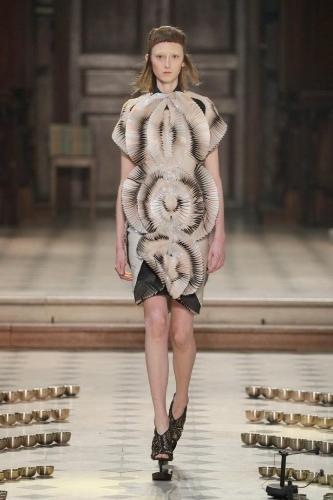 iris van harpen seijaku collection-paris haute couture show 2016--
