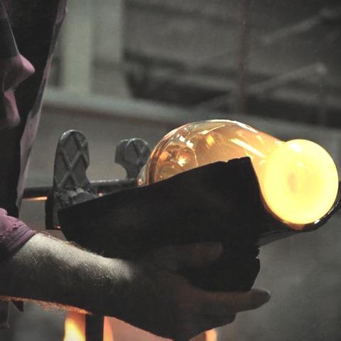 kors vodka-crystal bottle production