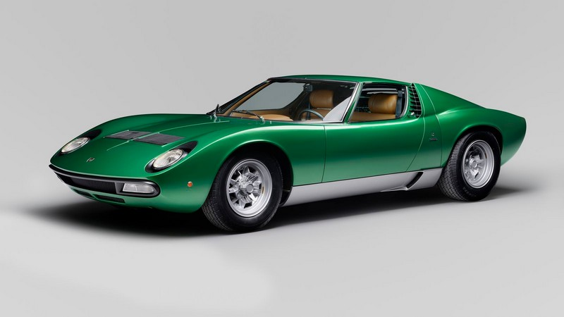 lamborghini miura restoration by Lamborghini's polostrorico department