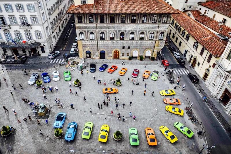 lamborhini miura caspsule 2016-Miura Tour - a lovely walk around the historical center of Florence