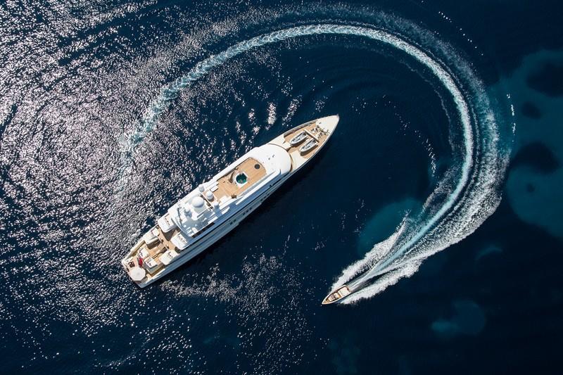 larssen_coral-ocean yacht