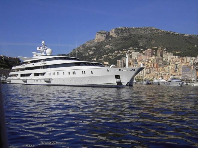 lomond yachts caledonia