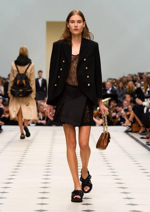 london fashion week 2015 - spring summer 2016-burberry show-