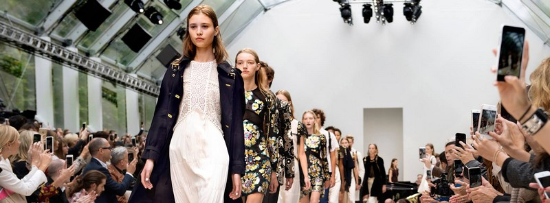 london fashion week 2015 - spring summer 2016-burberry show--