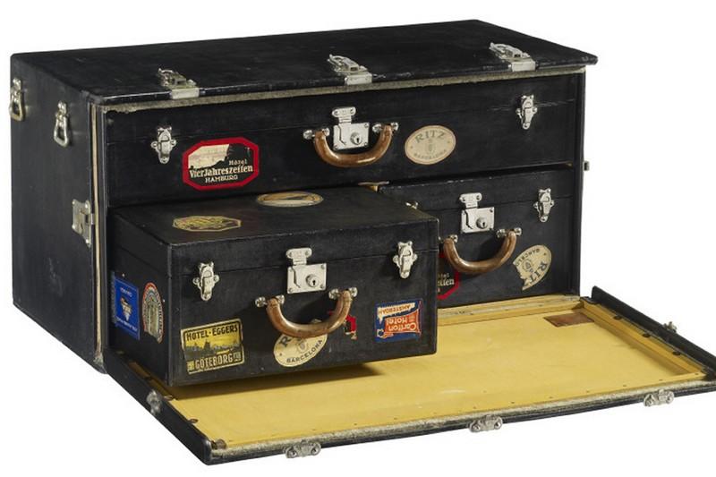 louis-vuitton-volez-voguez-voyagez-exhibition-at-grand-palais-exhibition2015-trunks