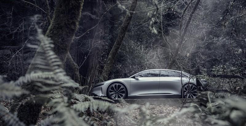 lucid-air-2019-model-car