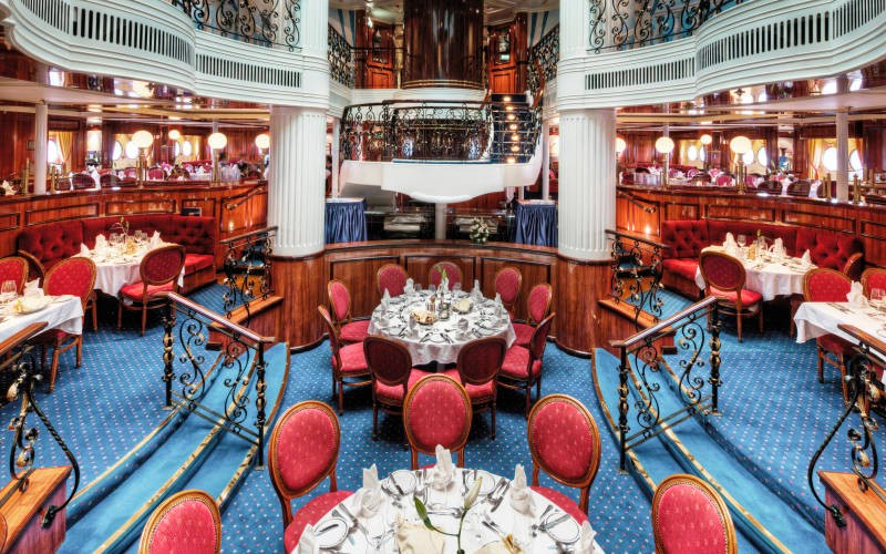 luxury cruises interior
